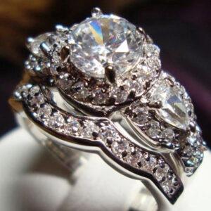 halo wedding rings