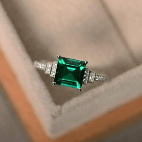 emerald princess cut ring