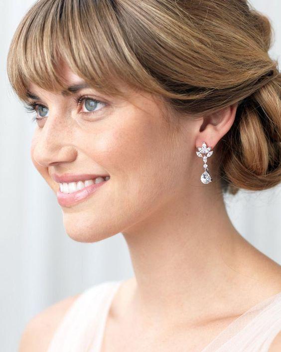Beautiful Bridal Diamond Drops Earrings for Wedding