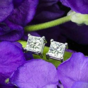 Solitaire Princess Diamond Women Earring