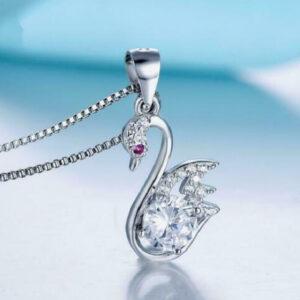 diamond womens pendant